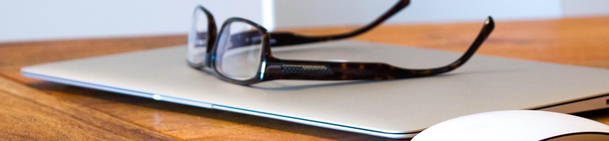 laptop-glasses-21-2000x464